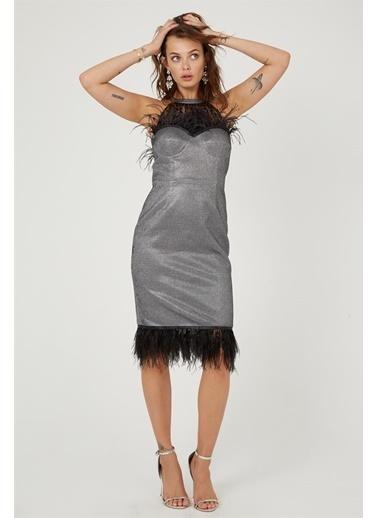 Setre Siyah Tüy Detaylı Parlak Abiye Elbise Siyah